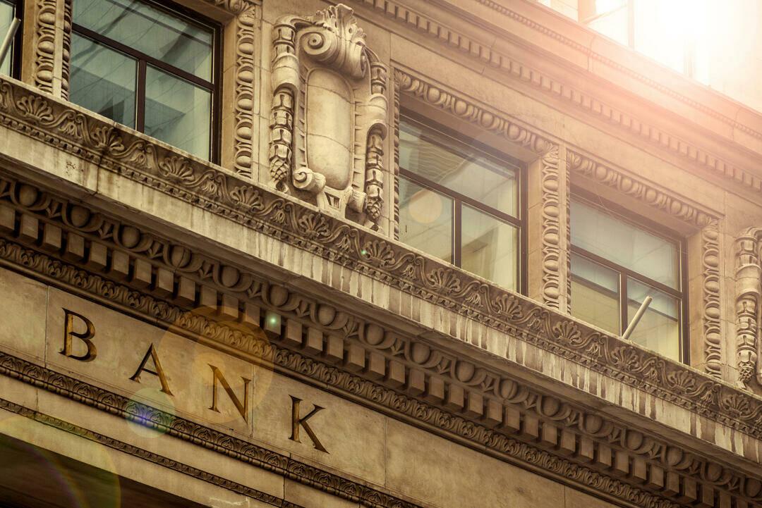 finanzwesen-bank-gebaeude
