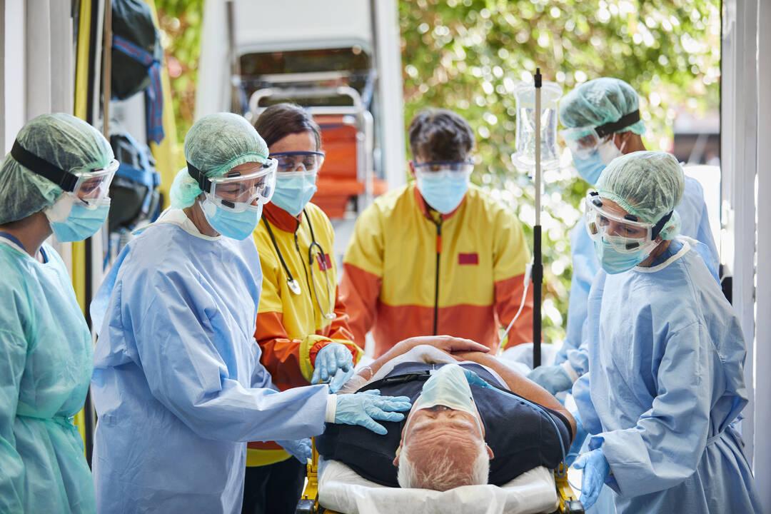Zutritt mit Notfallpatient im Krankenhaus